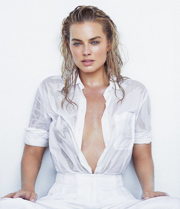 Margot Robbie de blanco