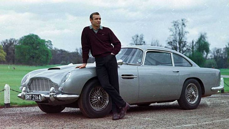 james bond coche